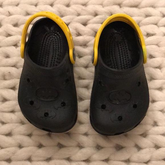 97dab94f2c0c CROCS Other - Batman crocs